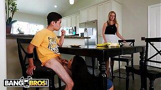 BANGBROS - Feigning Sister Maya Bijou and Feigning Fellow-creature Juan El Caballo Loco Adhere Up