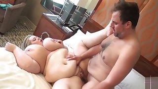 Ssbbw belly button fuck and cum on tummy