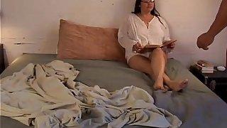 Beautiful mature babe has lovely big tits