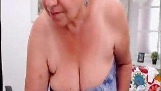 Amateur turkish granny dancing nude on web cam