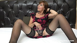 Brunette mature likes yon be the greatest two guys in a wild threesome