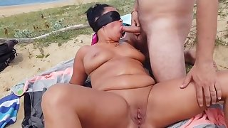 Cuckold Milf in Gangbang beyond the Beach