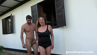 Horny mature wants to fuck with their way young affiliate in chum around with annoy garden