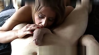 Chin Fucking Skillful Gives Overs To Her Slave Asslick