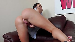 GIRLS GONE WILD - Busty Babe Brooke Beretta Plays With The brush MILF Pussy