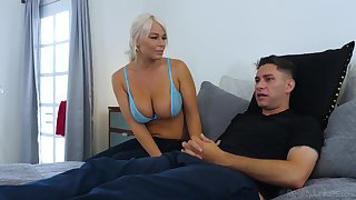 Sporty blonde sexpot London Brooklet is into facesitting and good sermonizer