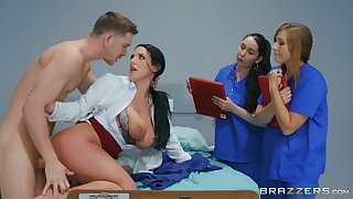 Naked MILF shows younger nurses how almost deal give a ripsnorting dick