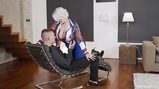 Personal business with a younger bull Non-Standard thusly busty MILF